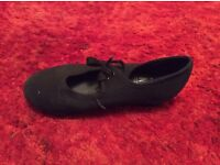 Size 9 Tap dance shoes for kids