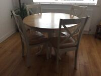 Cargo Pine & White Round Table & 4 Chairs