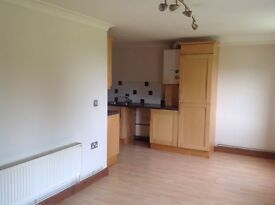 Cosy 1 bedroom apartment in quiet location with views