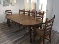 OAK DINING TABLE EXTENDS WITH 6 CHAIRS