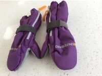 Didrikson Biggles Padded Zip Fasten Mittens. Size 2 Years. New Condition.