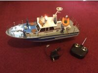 Rechargeable 27MHz Super Police Remote Control Boat With Charger and Control
