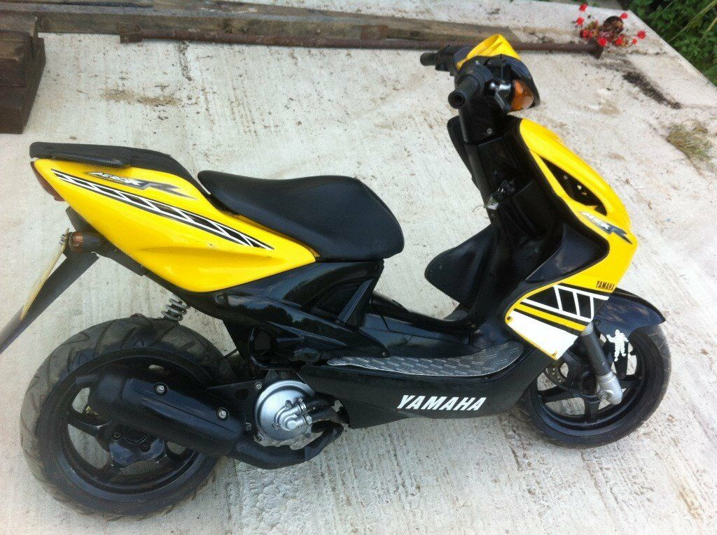 yamaha aerox yq50 moped 50cc warranty in norwich. Black Bedroom Furniture Sets. Home Design Ideas