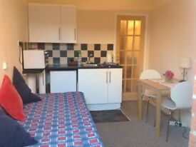 Studio flat (self contained) London Colney Nr St. Albans Herts
