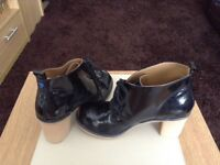 Black patent lace up boots size 4