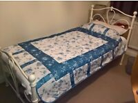 As new - Pretty Floral patchwork summer counterpain bed/sofa cover/throw