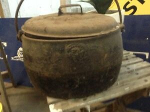 Vintage cast iron pot South Geelong Geelong City Preview