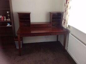 dressing table / desk