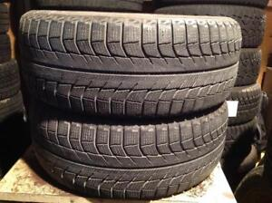 2 pneus dhiver 235/55 r17 Michelin x-ice.  125$