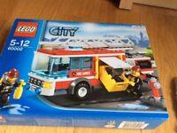 Lego city fire engine 60002 -brand new