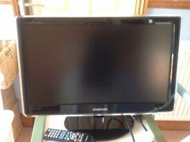 Samsung LCD T V 24 in
