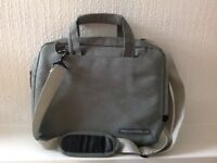 Protective bag for iPad/tablet - as new!