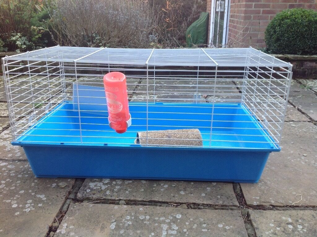 Indoor Rabbit /Guinea Pig Cage, good condition