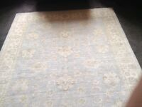 Persian Rug Garious design bought new £1900 never used reduced to 500 ono please see certs in pics