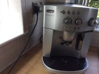 Delonghi Bean to Cup or ground Coffee Machine
