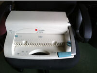 Comb binding machine - Rexel A4