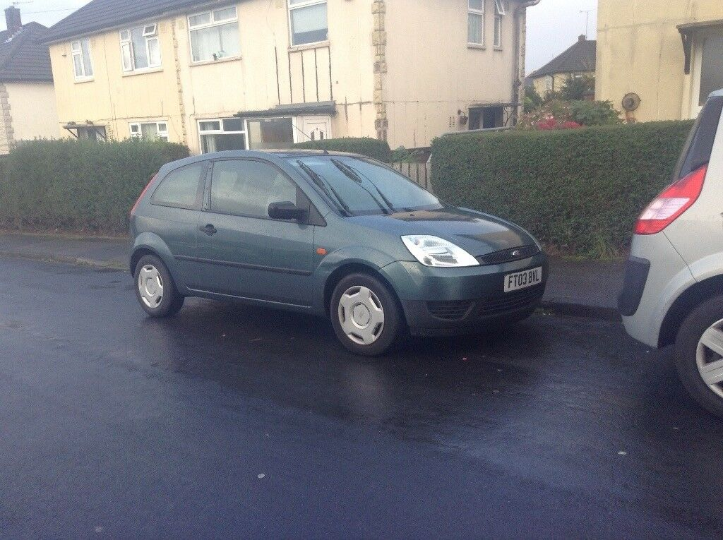 Ford Fiesta 2003 engines knocking £150 !!!