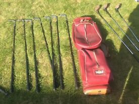 SELECTION OF VARIOUS GOLF CLUBS INCLUDING A TOM MORRIS SET