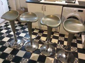 Free - 4 bar stools