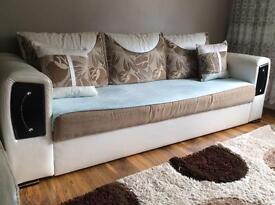 3+1 Beautifully Designed Sofas - REDUCED!