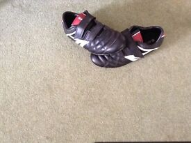 Hi -etc football boots
