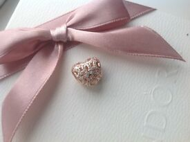 Beautiful Rose Gold Heart Charm Like Pandora Can be posted.