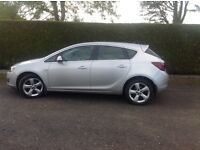 Vauxhall Astra 2012 petrol ,silver ,manual ,good condition ,54000 miles