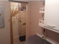One bed roomed house for rent in huntly close to railway station and local shops