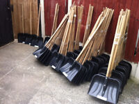 30 New - With Labels Snow Shovels - 1.2 Meter Solid Wood Handle - Joblot
