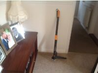 Fiskars garden weed puller,never been used, cost £40 new.