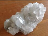 APOPHYLLITE CLUSTER.CONSIDERED A COMPLEMENTARY REIKI STONE. £18 DOES NOT INCLUDE POSTAGE.