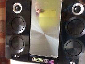 L G / MP3 CD