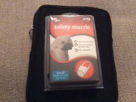 Small dog safety muzzle