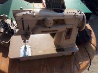 SINGER sewing machine model 401g