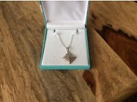 """Stirling silver pendent on 18"""" chain"""