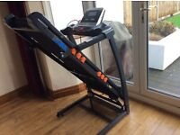 JLL S300 Folding Treadmill - 20 level incline / 15 running programmes / high powered speakers