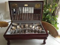 Viners Kings Royale 58 piece canteen of cutlery