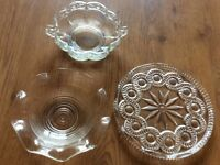 Glass plate 2 bowls