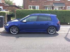 64 golf r 5 door manual big screen nav best colour bargain price at only £16250 ono