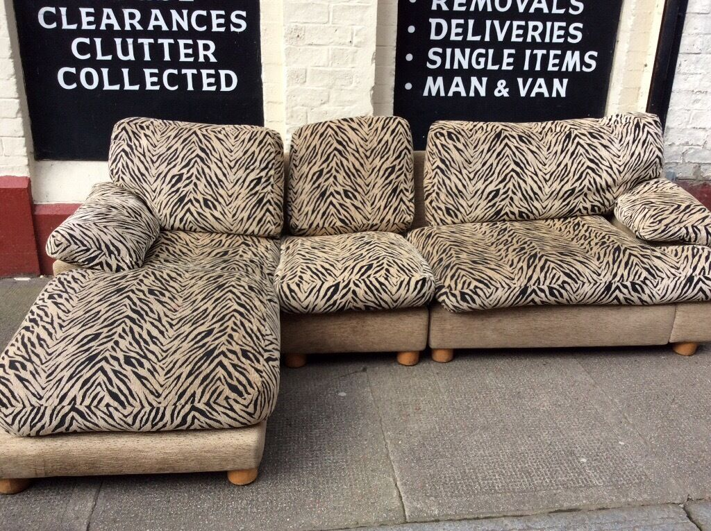 Tiger Stripe Corner Sofa Free Glasgow Delivery