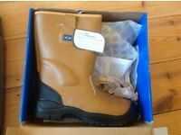 Rigger Boots Size 8