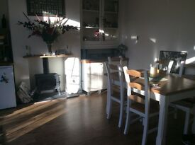 SMART 3 BED EDWARDIAN HOUSE FOR SHORT TERM LET IN SE25. VERY REASONABLE ALL BILLS INC