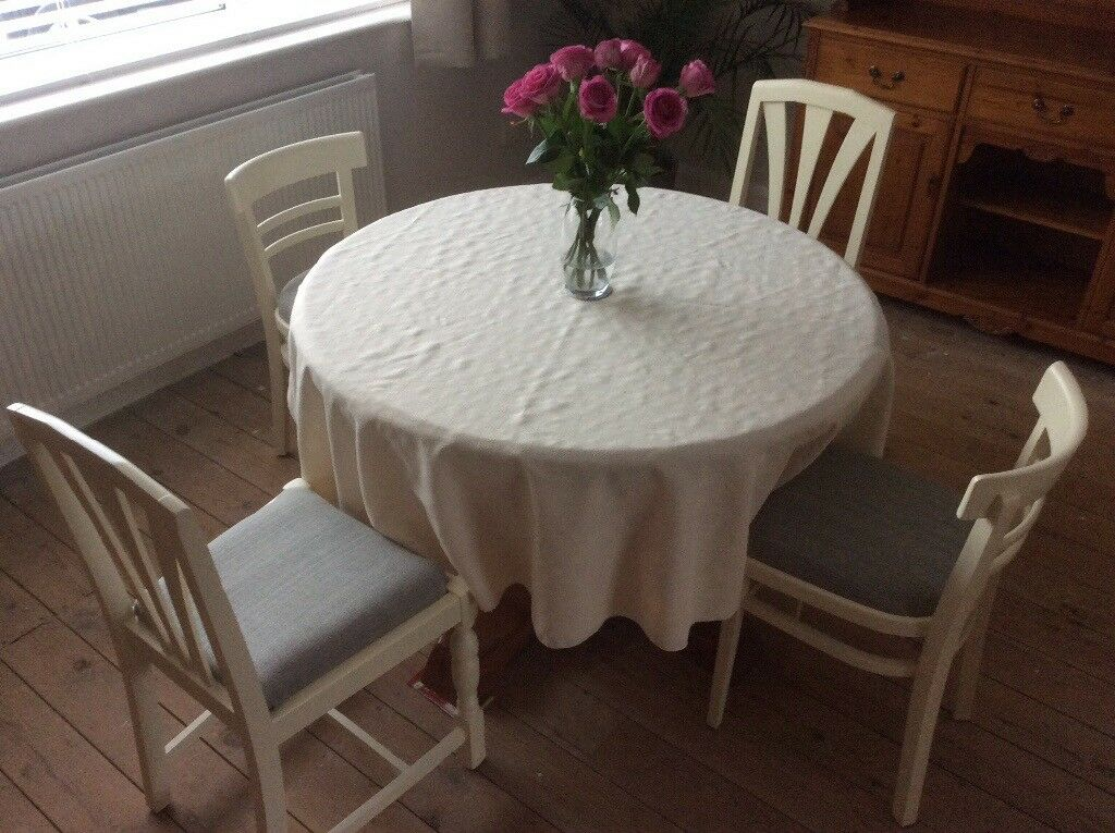 4 Painted Dining Chairs.