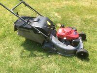 2015 hrd 536 Petrol rotary Lawnmower.