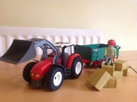 Playmobil Tractor with Hey Trailor. (Set: 4496)
