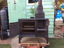 Woodburning stove cooker