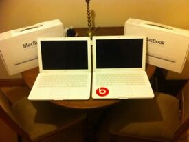 2 x Apple MacBooks White 13.3'' 2.4GHz 2GB - A1342 - MC516B/A Spares Repairs - Oswestry