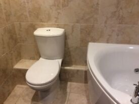High Qaulity Bathroom Suite ( white ) plus many extra,s for sale
