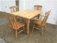 Pine Farmhouse Table and 4 matching Chairs