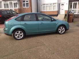 Ford Focus Zetec Climate 1.6 automatic and only 61235 miles